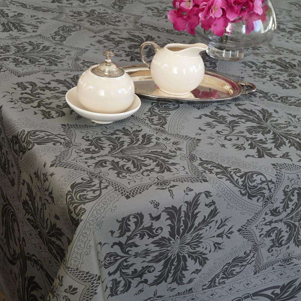 nappe de table coton framboise lin nappe topkapi carr e 170x170 cm beauvill. Black Bedroom Furniture Sets. Home Design Ideas
