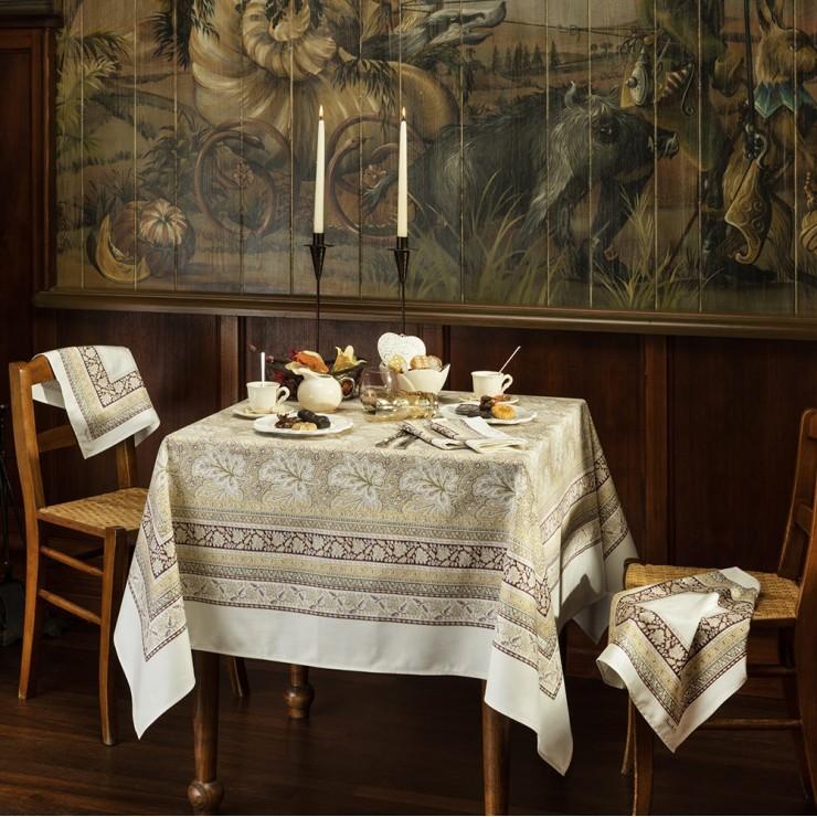 Feuilles de Vigne Tablecloth