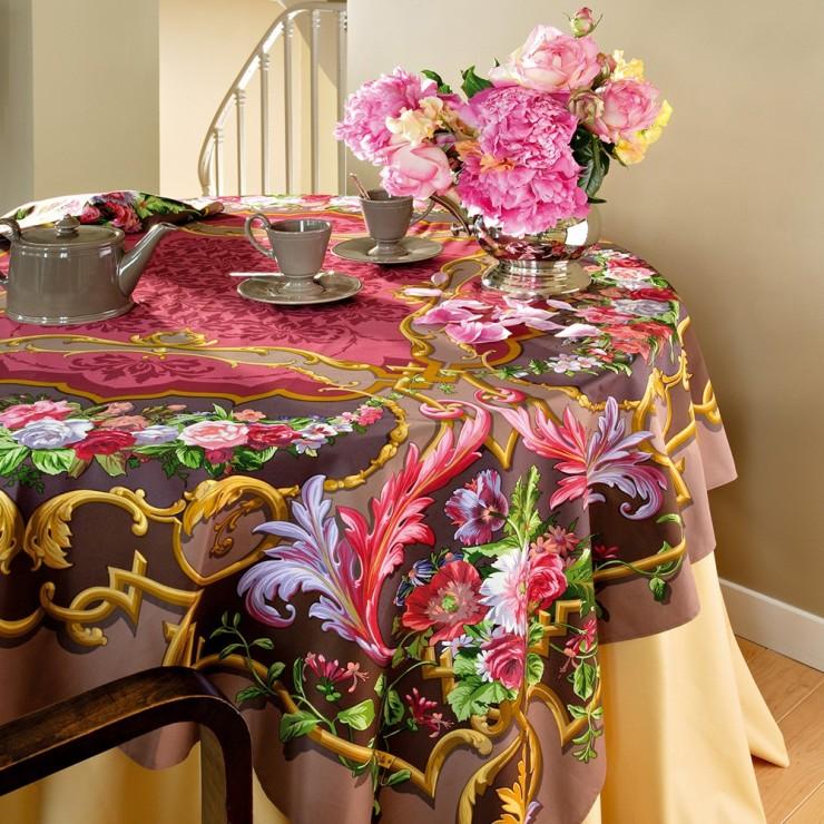Arné Tablecloth Opera