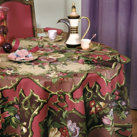 Igor Tablecloth Cardinal