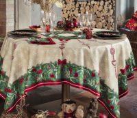 Noël : 10 conseils pour dresser votre table de Noël haut de gamme